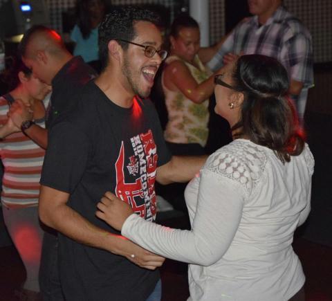 Salsa Baile con Sazon2